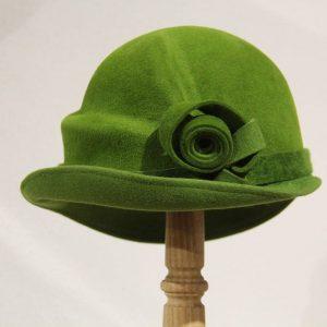 Chapeau femme feutre velours vert anis