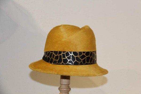 Chapeau femme feutre de poil jaune