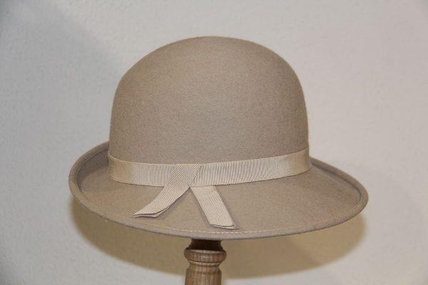 Chapeau femme feutre mérinos gris clair